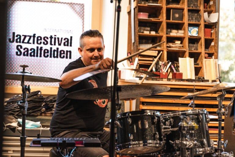 Jim Black beim Saalfelden Jazz Fest 2020 (c) Michael Geißler
