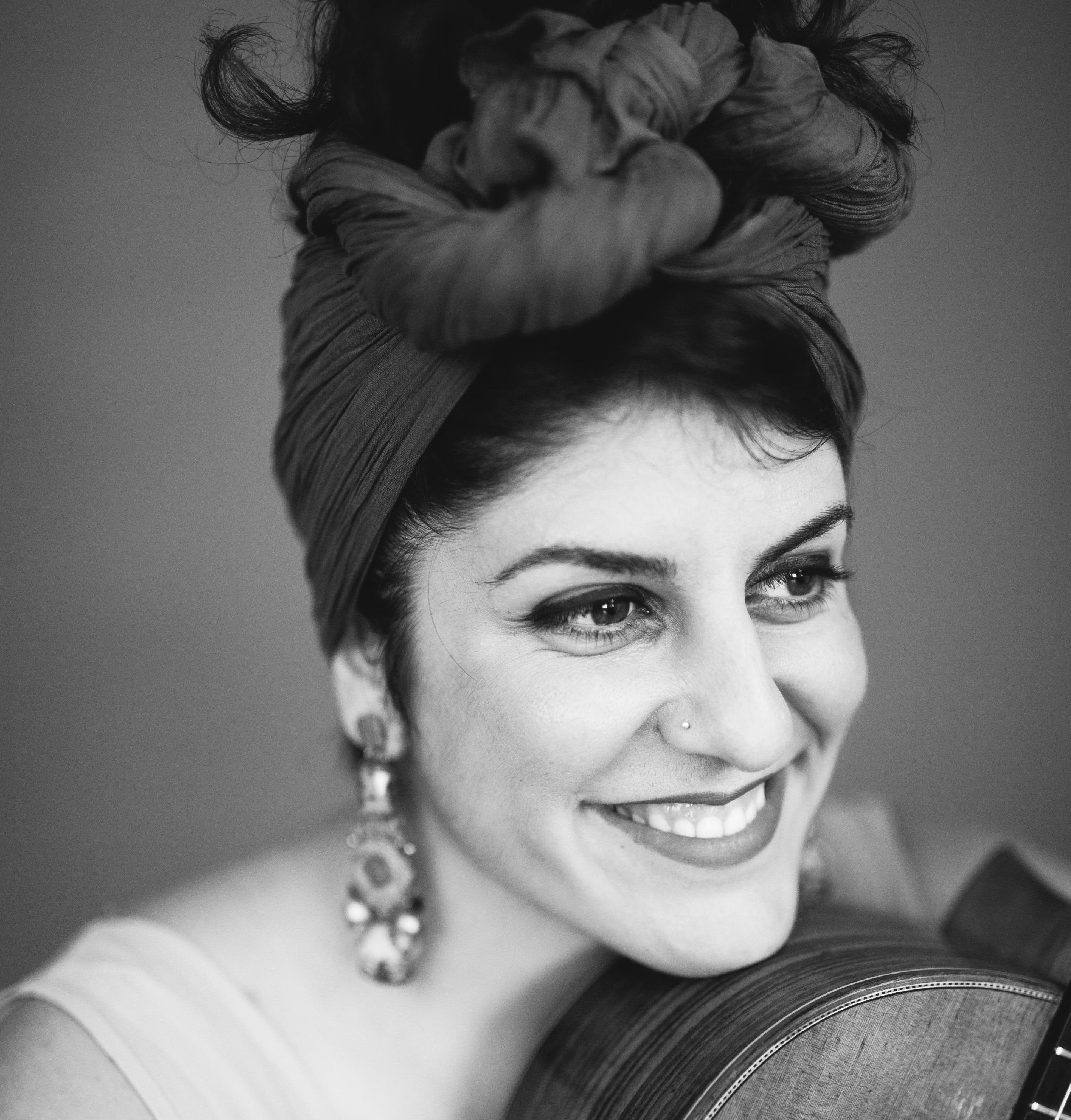 Golnar Shahyar (c) Ina Aydogan