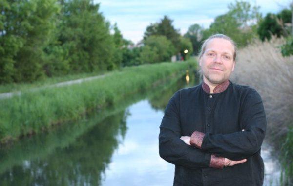 """""""Ich fand die Geschichte des Kanals sofort irrsinnig interessant"""" – MARKUS GEISELHART im mica-Interview"""