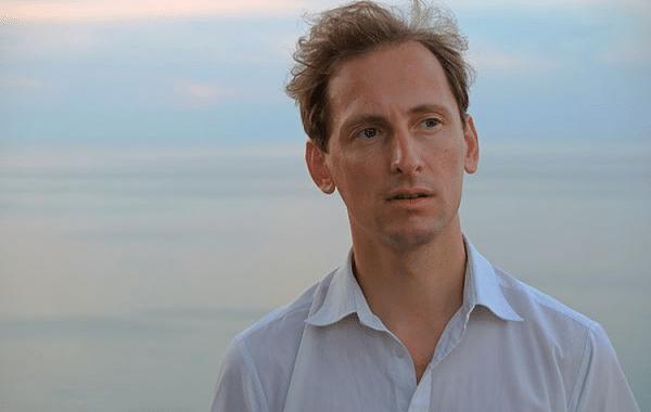 """""""An der Grenze des Sagbaren"""" – Reinhold Schinwald im mica-Interview"""