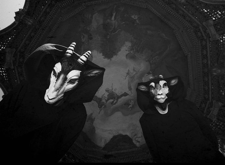 Bild The Devil And The Universe