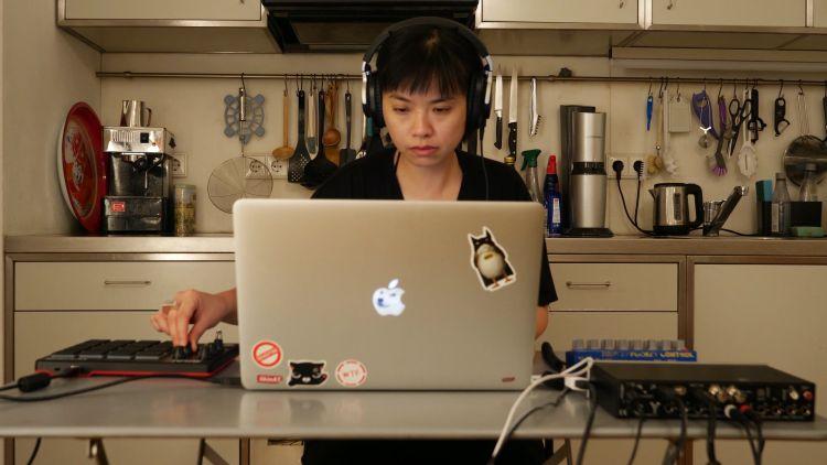 Videostill aus pre-recorded Session für Thy Lab Hongkong