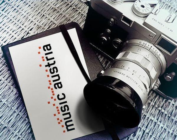 mica_kamera_notizbuch