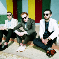 Bild Two Door Cinema Club